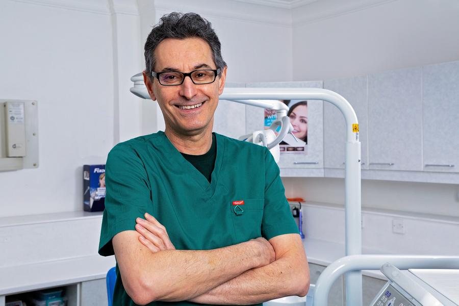 Dr. Sam Parsno